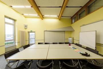 Rest der Welt   Seminarraum 2 image 1