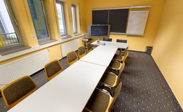 Rest der Welt   Seminarraum 4 / Tagungsbüro image 1