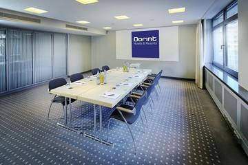 Mainz   Tagungsraum mit Tageslicht image 0