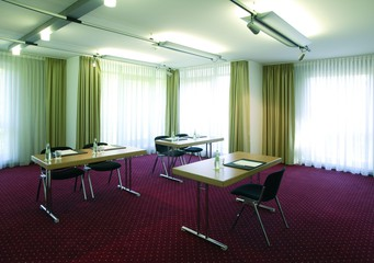 Berlin   Meeting Room 1 image 1