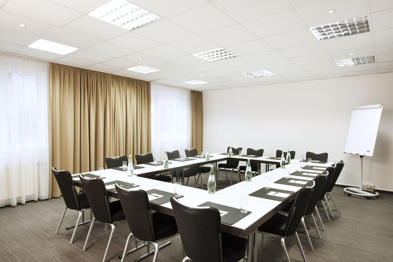 Munich   Meeting Room 1 image 1