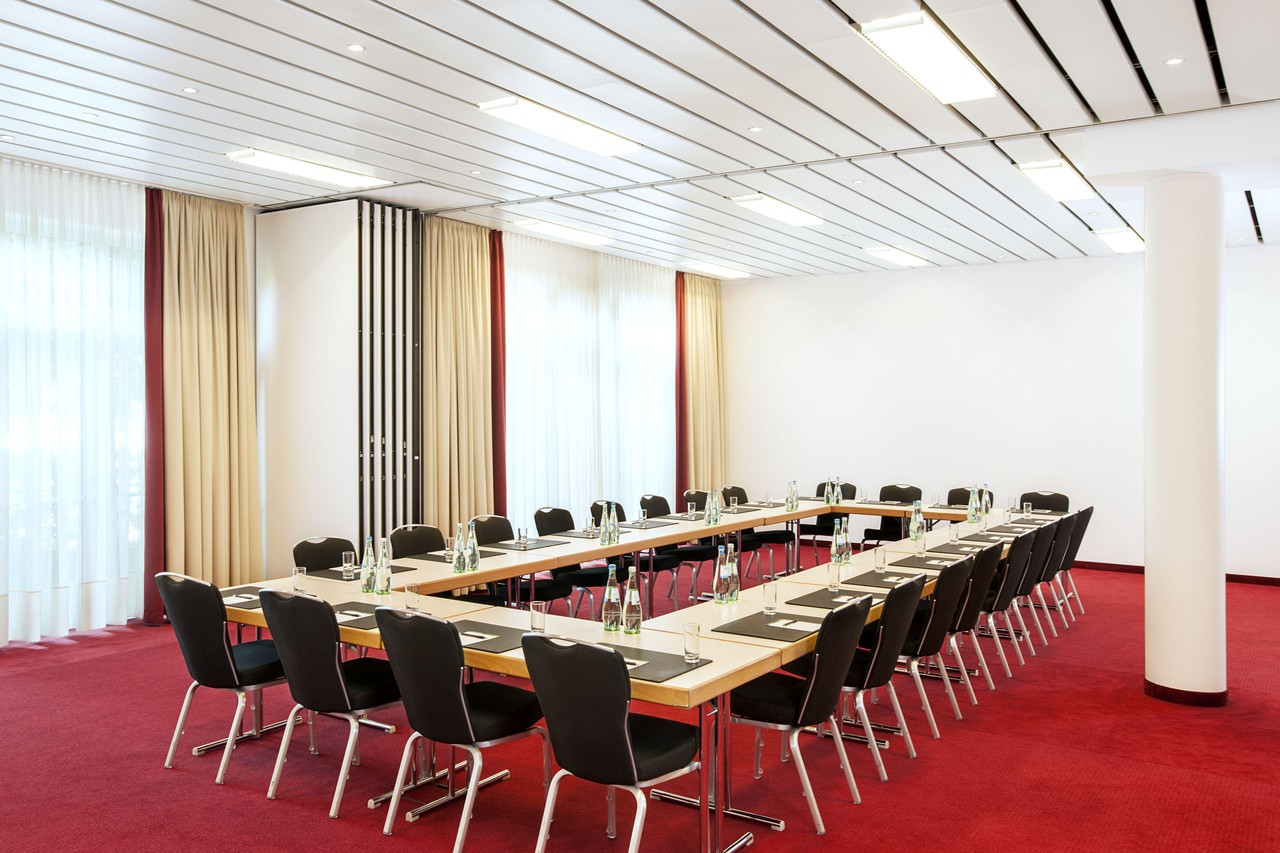 Rest der Welt   Meeting Room 3 image 1