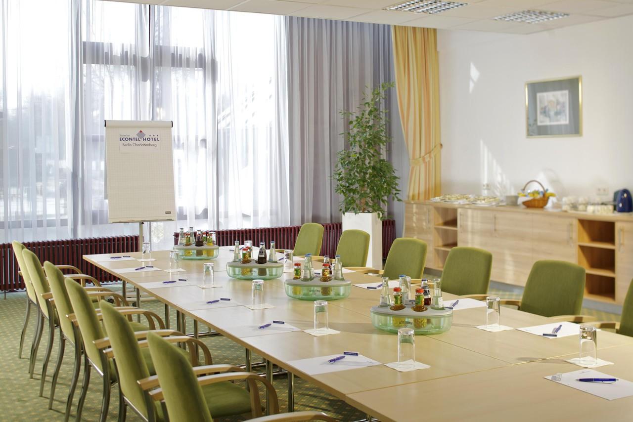Berlin   Konferenzraum 1 image 1