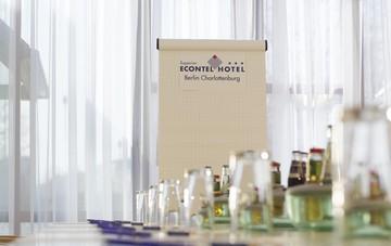 Berlin   Konferenzraum 2 image 1