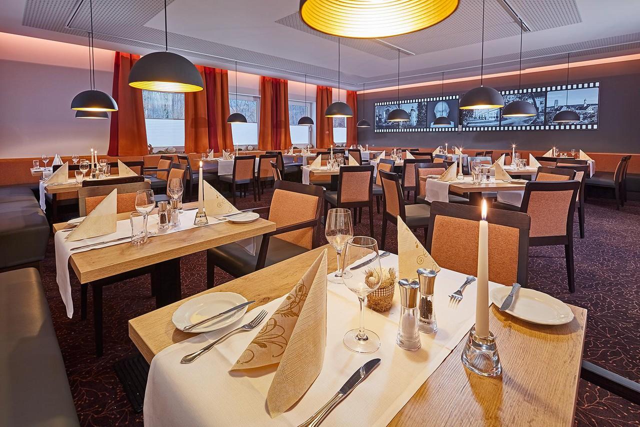 Rest der Welt   Neues Restaurant image 1