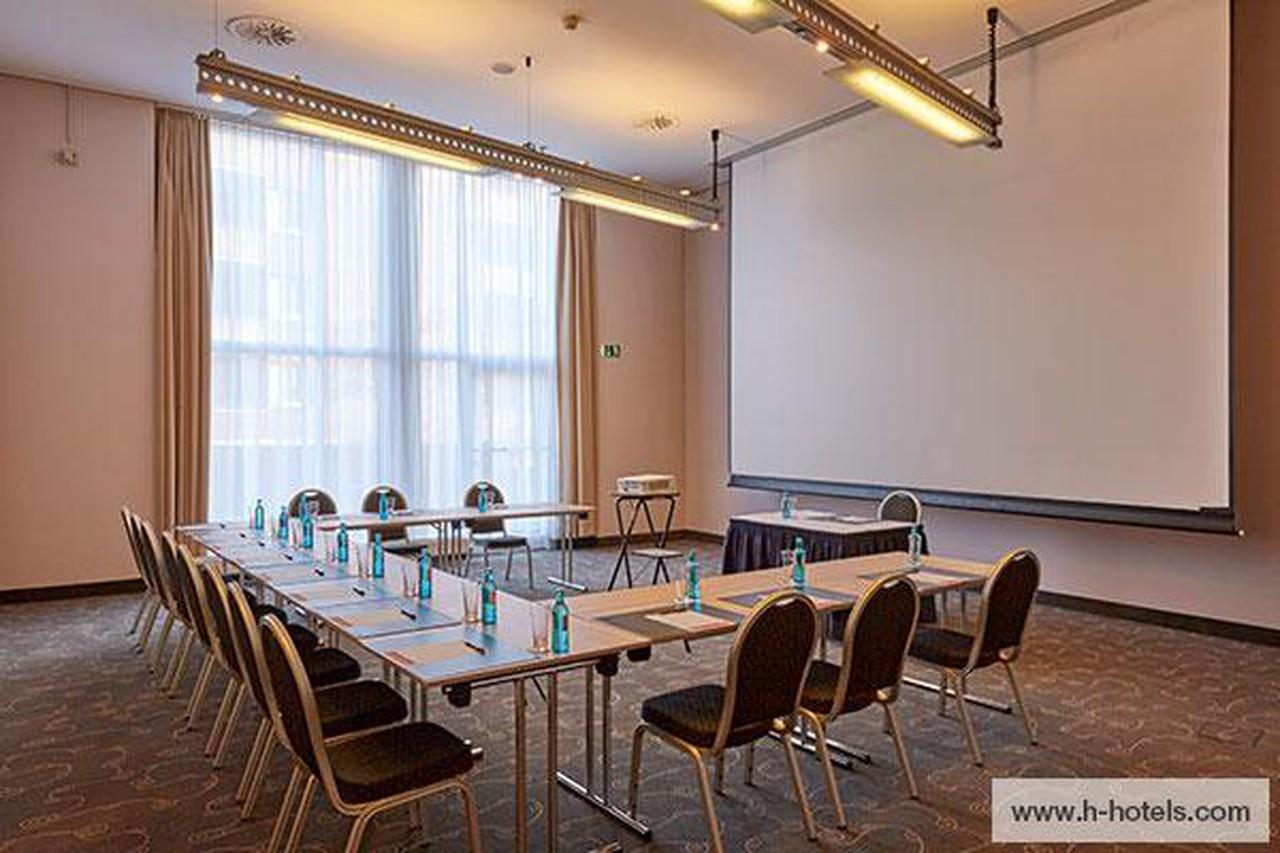 Hamburg   Wismar image 1