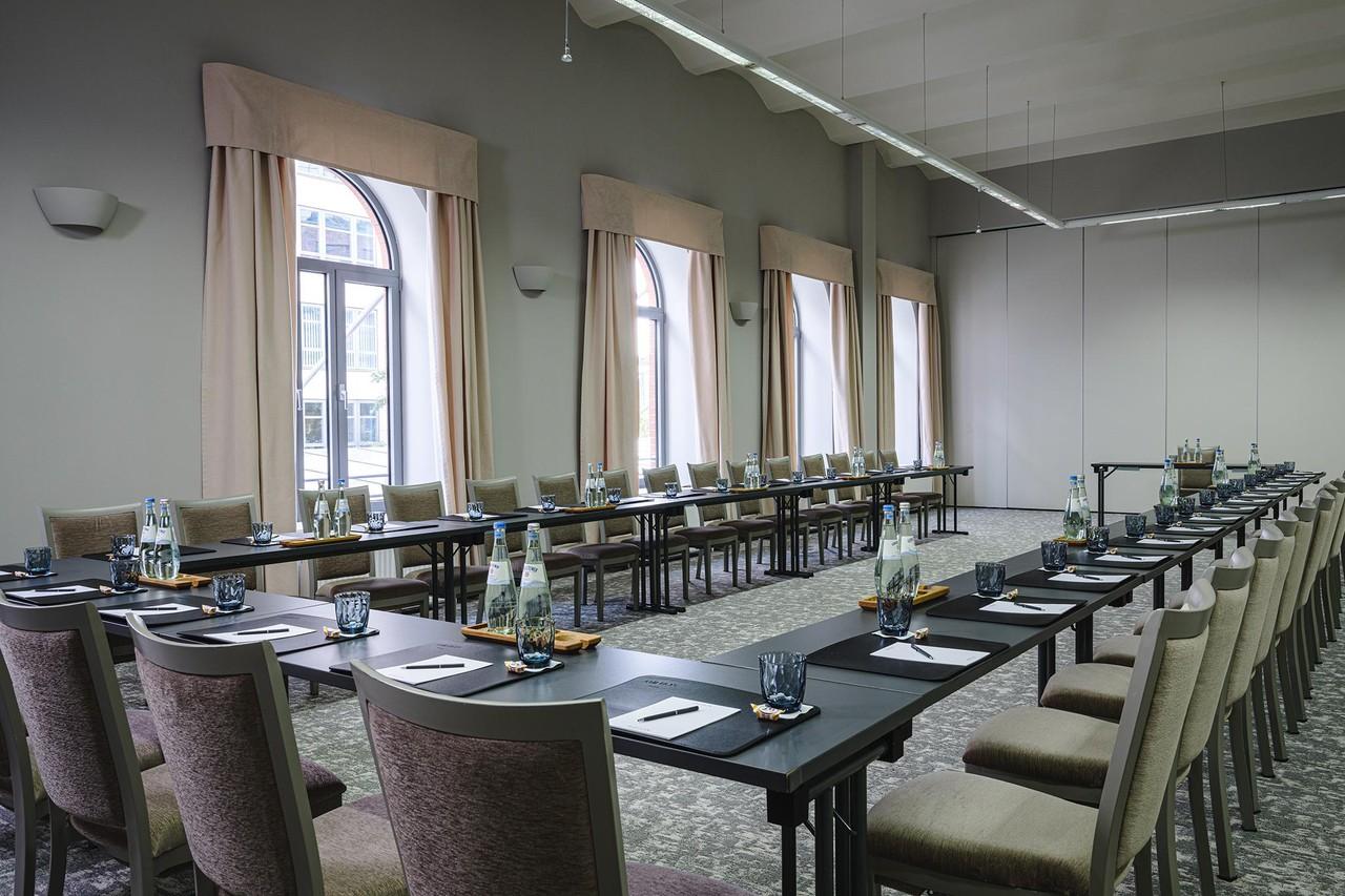 Berlin   Charlottenburg image 1