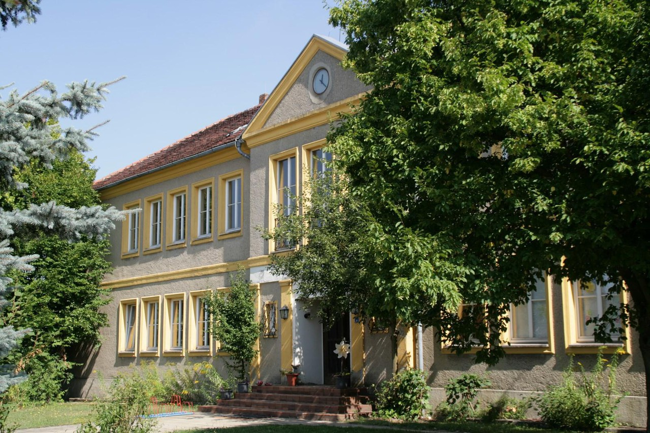 Rest of the World   Hotel Zur alten Schule image 36