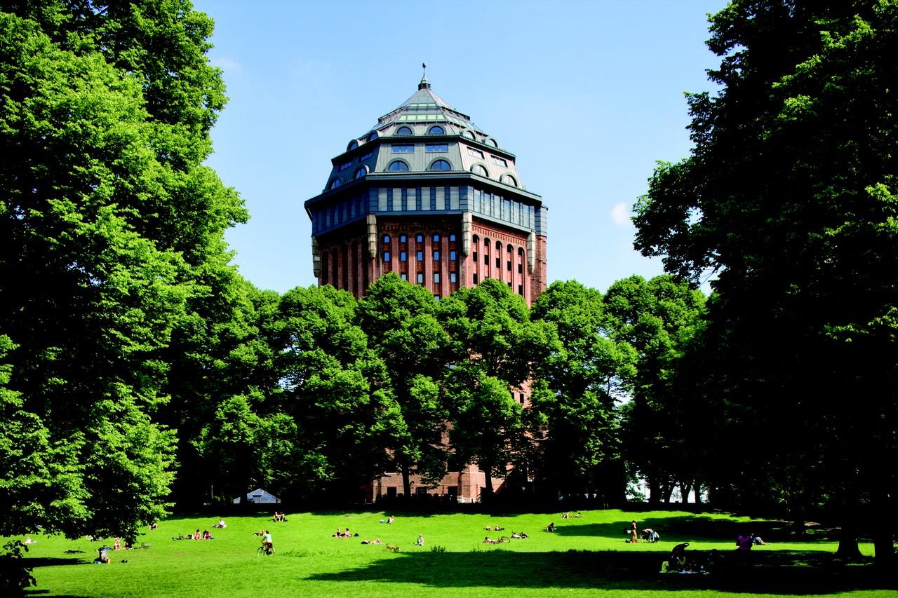 Hamburg   Mövenpick Hotel Hamburg image 1