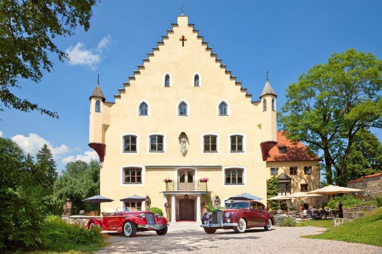 Rest of the World   Schloss zu Hopferau image 7117