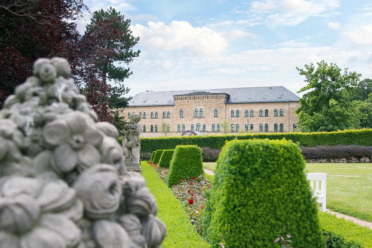 Rest der Welt   GreenLine Schlosshotel Blankenburg image 1