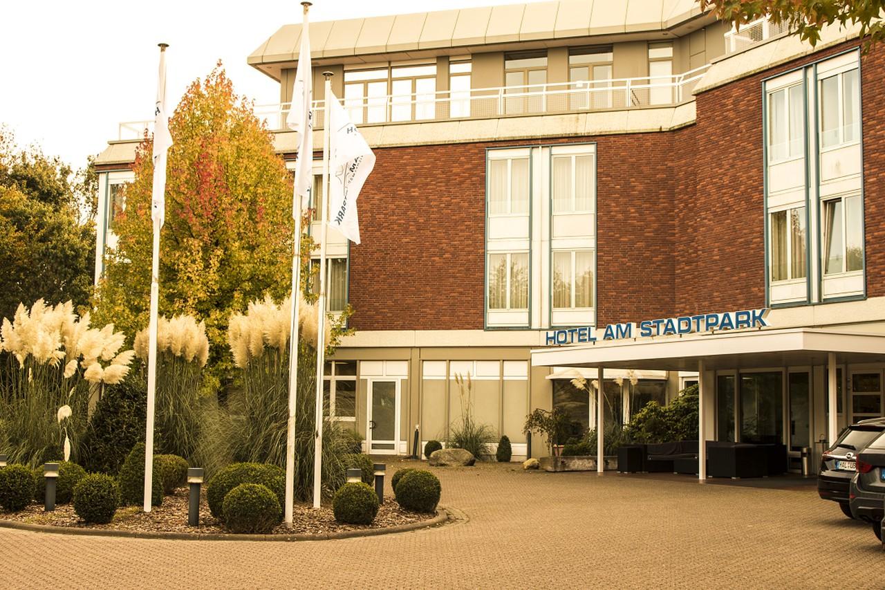 Rest of the World   Hotel am Stadtpark Wilhelmshaven image 1